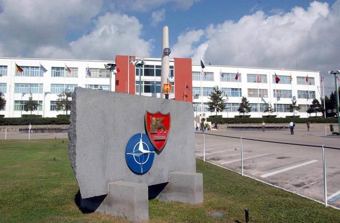 L'ingresso dell'ex base Nato a Bagnoli