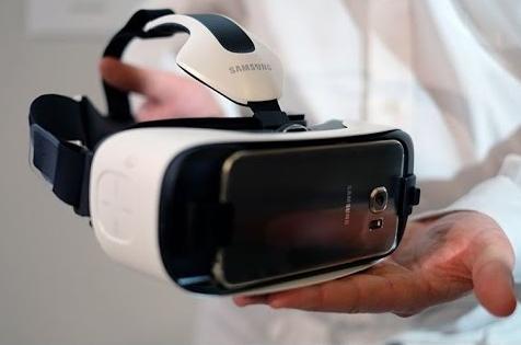 Gear Vr, il visore per realtà virtuale di casa Samsung