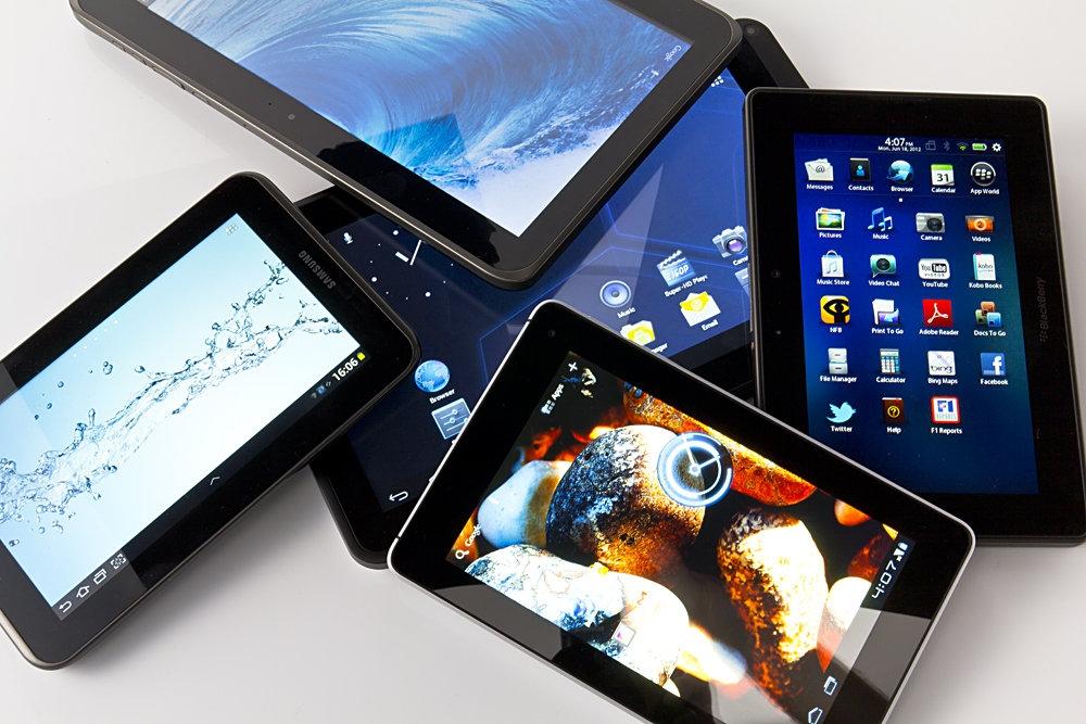 Tablet, utenti record nel 2015: più di un miliardo. Ma la crescita rallenterà - CorCom