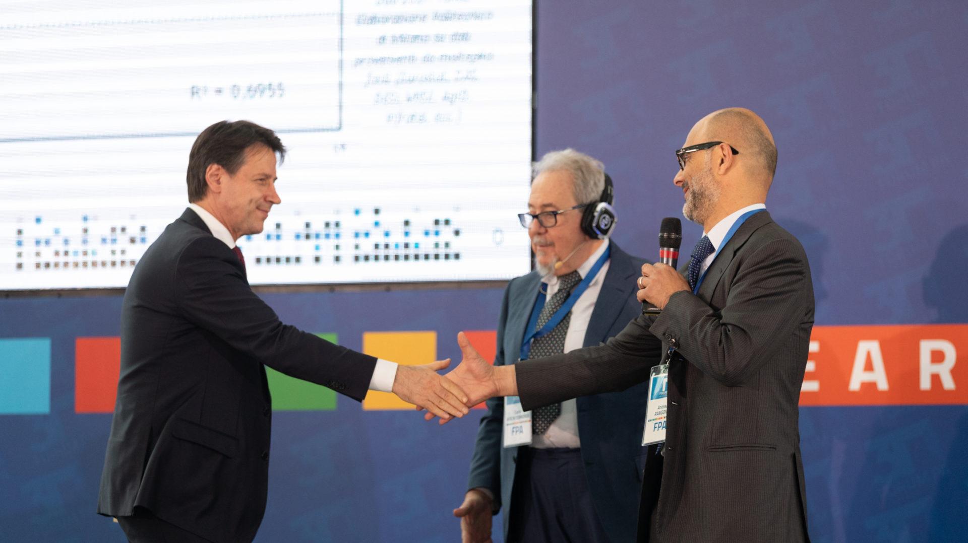 """Il premier Conte al Forum PA: """"Impegnati a cogliere l'opportunità digitale"""" - CorCom"""